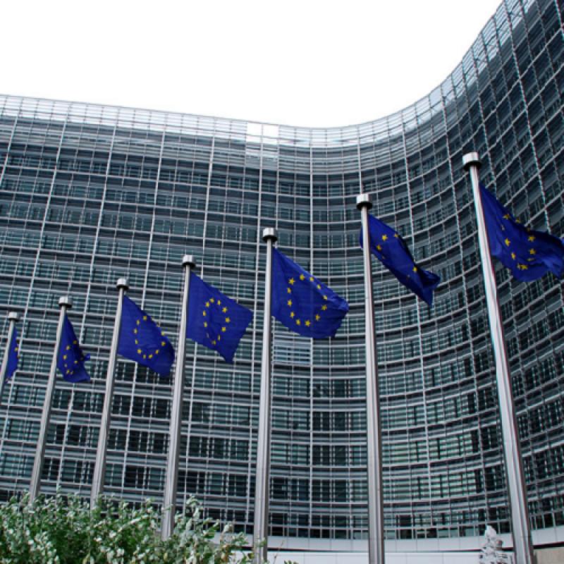 """""""Досиета от Рая"""": Финансовите министри от ЕС ще обсъдят тази седмица черен списък на юрисдикциите с преференциални данъчни режими (т.н. """"офшорни зони"""" или """"данъчен рай"""")"""