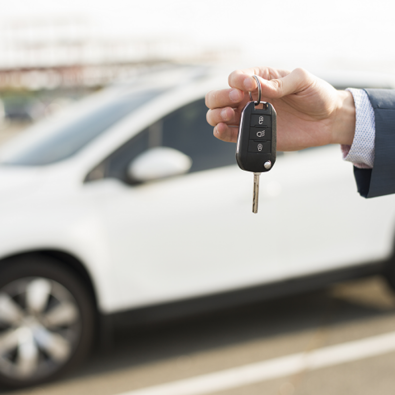 """[Znamkak.com]Третиране за целите на ДДС на придобит при условие на финансовообвързан лизингов договор лек автомобил и """"продаден"""" на румънска лизингова компания"""