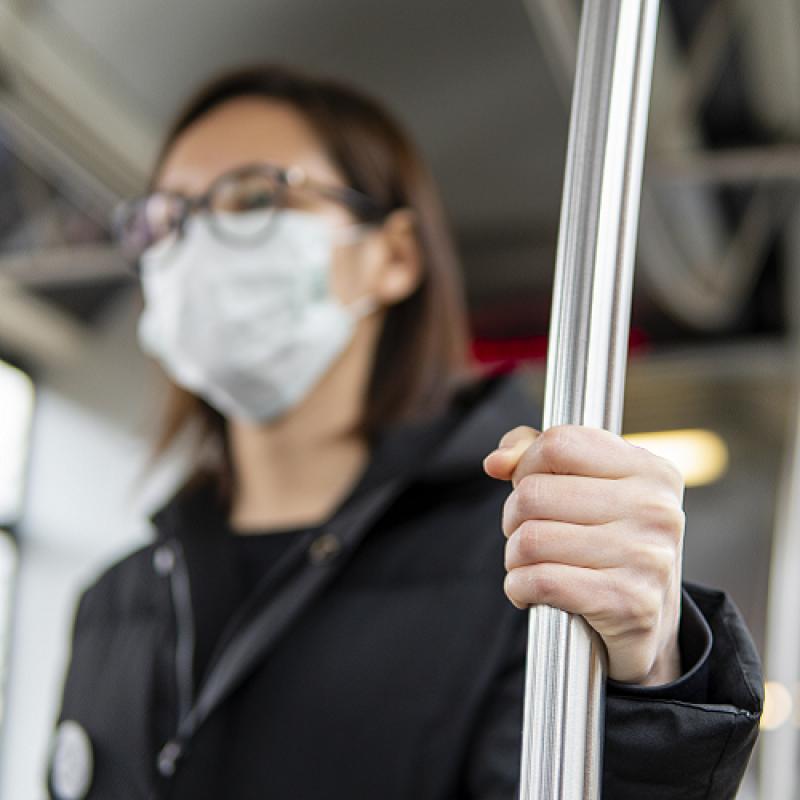 Здравният министър актуализира своята заповед за въвеждането на противоепидемични мерки в страната