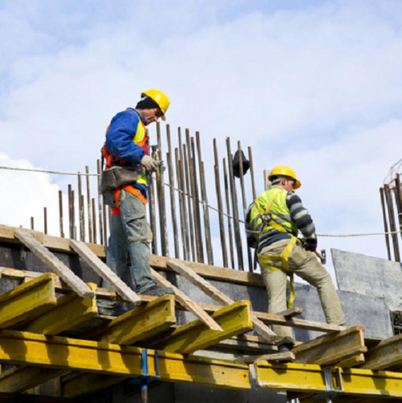 При над 60 000 принудително спрели работа  едва 228 предприятия са се възползвали от схемата 60/40