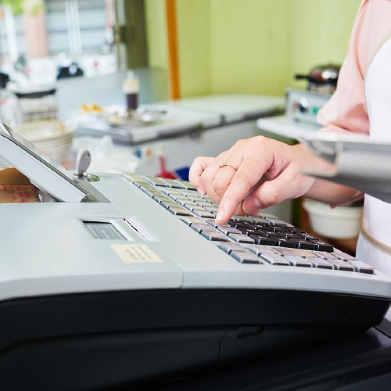 Документиране на сторно операция при възстановяване на сума по банков път